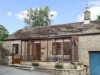 DUNCREST, romantic, character holiday cottage, with open fire in Longnor, Ref 9233 - Longnor vacation rentals