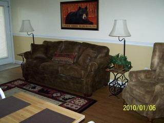 Gatlinburg Chateau- 2 Bedroom Condo (104) - Gatlinburg vacation rentals