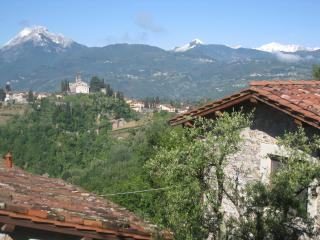 La Serra di Barga Bed and Breakfast in Tuscany - Barga vacation rentals