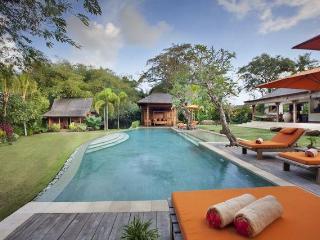 Villa Kavaya 4 Bedrooms, Canggu, Bali - Pererenan vacation rentals