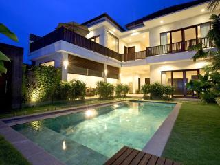 Villa Echo Padi: 150 mtrs to beach + pool fencing - Canggu vacation rentals
