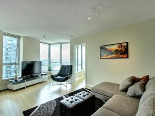 D28 - Spectacular 2 bedroom Downtown Vancouver - Vancouver vacation rentals