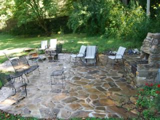 Eco-Friendly 1 to 6 BR between Nantahala & Bryson - Bryson City vacation rentals