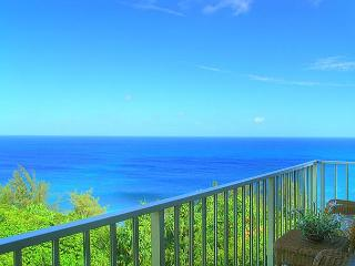 Alii Kai 5301: Gorgeous remodeled top floor corner, oceanfront! - Princeville vacation rentals