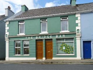 THE BRIDGE BAR, pet friendly, with a garden in Ardara, County Donegal, Ref 10247 - Ardara vacation rentals