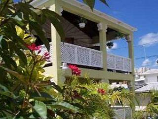 Airy and spacious  apartment in a Bajan villa - AIRY APARTMENT, SUPER LOCATION IN PAYNES BAY - Paynes Bay - rentals