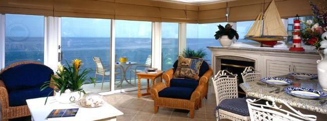 Villa Antigua Living Area - True Oceanfront- village location,simply wonderful - Laguna Beach - rentals