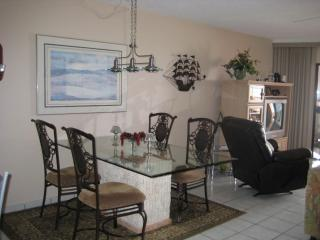 Luxurious beach front condo - Indian Shores vacation rentals