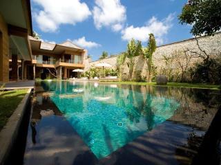 Bali Lifestyle.- 4 Bed Super Lux Villa - Seminyak - Bali vacation rentals