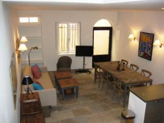 Nordic Suquet 1, Fantastic 2 Bedroom Holiday Rental in Cannes - Cannes vacation rentals
