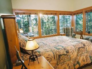 SLOPESIDE LUXURY: 5 Bed / 7 Bath - Silver Star Mountain vacation rentals