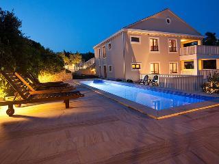 Stunning 5 star property, pool, parking & sea view - Stomorska vacation rentals