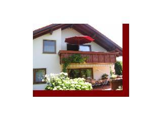 Vacation Apartment in Erolzheim - 1076 sqft, nice balcony, plenty of space for 5 (# 1387) - Bad Waldsee vacation rentals
