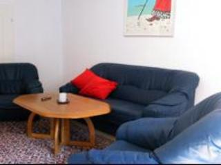 Vacation Apartment in Halle an der Saale - 969 sqft, spacious, comfortable (# 1947) - Saxony-Anhalt vacation rentals
