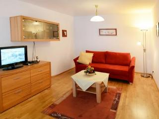 Vacation Apartment in Ruhpolding - 646 sqft, great view over the mountains, spacious apartment, ideal… - Ruhpolding vacation rentals