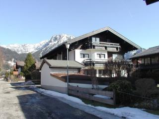 Vacation Apartment in Oberstdorf - 495 sqft, quiet, comfortable, beautiful (# 1906) - Oberstdorf vacation rentals