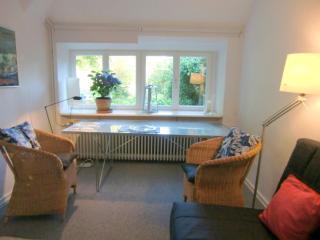Vacation Apartment in Ahrensburg - 366 sqft, charming, clean (# 473) - Schleswig-Holstein vacation rentals