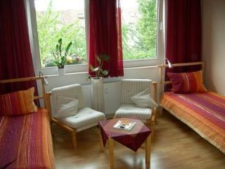Vacation Apartment in Hildesheim - 280 sqft, historic, quiet, WiFi (# 1881) - Bad Salzdetfurth vacation rentals
