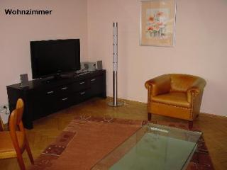 Vacation Apartment in Bad Nauheim - 700 sqft, beautiful historic building, wireless internet, washing… - Butzbach vacation rentals