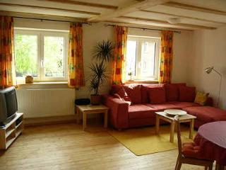 Vacation Apartment in Ravensburg - 861 sqft, located on a spacious farm - fun for the whole family (#… - Bad Waldsee vacation rentals