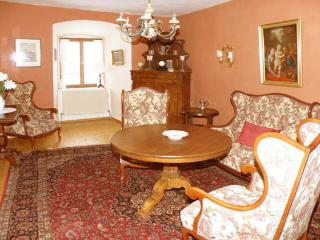 LLAG Luxury Vacation Apartment in Burgoberbach - luxurious, rustic, comfortable (# 320) - Gunzenhausen vacation rentals