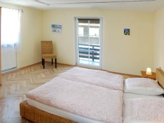 LLAG Luxury Vacation Apartment in Ruhpolding - 1507 sqft, bright, beautifully furnished and decorated… - Traunstein vacation rentals