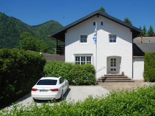 LLAG Luxury Vacation Apartment in Ruhpolding - 1507 sqft, bright, beautifully furnished and decorated… - Ruhpolding vacation rentals