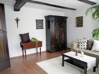 Vacation Apartment in Bad Windsheim - 710 sqft, SAT-TV, sauna usage, historic building (# 1070) - Ansbach vacation rentals