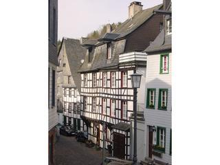 LLAG Luxury Holiday House in Monschau - 1722 sqft, spacious, beautiful location, central (# 1899) - Nideggen vacation rentals