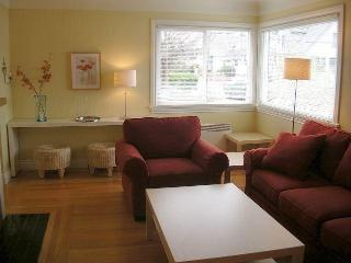 Private Sunny House near the water in James Bay - Victoria vacation rentals