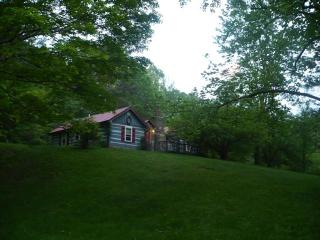 Trinity Hill, A Brown County Cabin - Bloomington vacation rentals