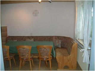 Single Room in Schwaigern - compact, affordable (# 645) - Oberstenfeld vacation rentals