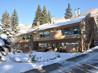 One bedroom one bathroom condo in East Vail on free Vail bus Shuttle - Vail vacation rentals