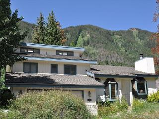 4916 Juniper Lane - Spacious Home in East Vail - Vail vacation rentals
