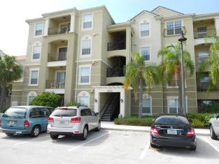Spectacular 3 Bedroom Resort Condo in Orlando - Orlando vacation rentals