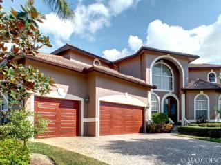 GERANIUM - Upscale Waterfront Island Estate Fit for a King ... - Marco Island vacation rentals