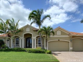 CLIFTON - Stately Island Villa, Easy Walking Distance to Tigertail Beach !! - Florida South Gulf Coast vacation rentals