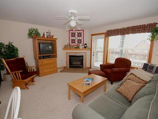 Camp 4 Unit 6: Idyllic Condo 4 Bedrooms 4 Bathroom - Snowshoe vacation rentals
