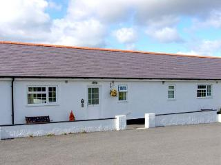 2 BLACK HORSE COTTAGES, pet friendly, country holiday cottage, with a garden in Pentraeth, Ref 9874 - Island of Anglesey vacation rentals