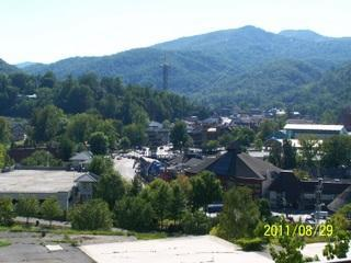Gatlinburg Chateau-2 Bedroom Condo (302) - Gatlinburg vacation rentals