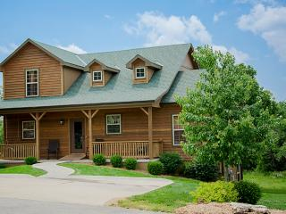 Ozark Charm - 7 bedrooms / 5 baths / sleeps 22 - Branson vacation rentals