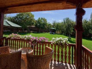 Countryside Villa - Steps from the forest and lake - Malko Dryanovo vacation rentals