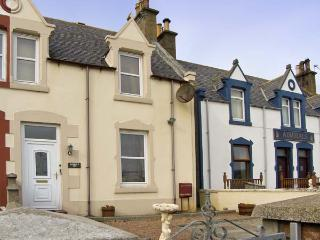 HARBOUR VIEW , pet friendly, with a garden in Findochty, Ref 6860 - Moray vacation rentals