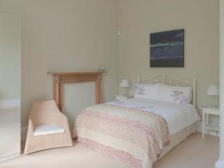 Stockbridge Grandeur@Carlton Street - Edinburgh vacation rentals