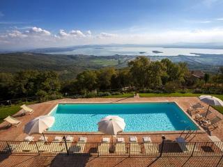 Villa Gosparini, magnificent hilltop villa with an unique view of the lake. - Cortona vacation rentals