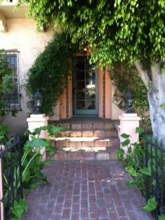 HighEnd West Hollywood Melrose Place French Charm - West Hollywood vacation rentals