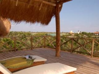 Villa Laguna Encantada, Up to 18 guests Akumal - Akumal vacation rentals