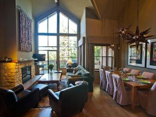 Whistler Village Luxury Condo Ski In Walk Out Private Hot Tub 3 Bed & Den - Whistler vacation rentals