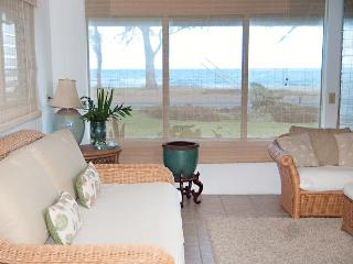 Come Relax at our Blue Ginger Beach House, Oahu - Punaluu vacation rentals