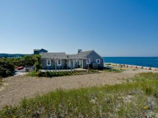 COTTAGE ON THE BEACH AT HERRING CREEK - VH JTON-655 - Vineyard Haven vacation rentals